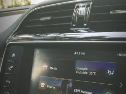 Jaguar XE Interior Multimedia Touch Screen